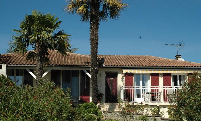 Vakantiehuis frankrijk kopen bekijk alle vakantiehuizen for Luxe villa te koop oost vlaanderen