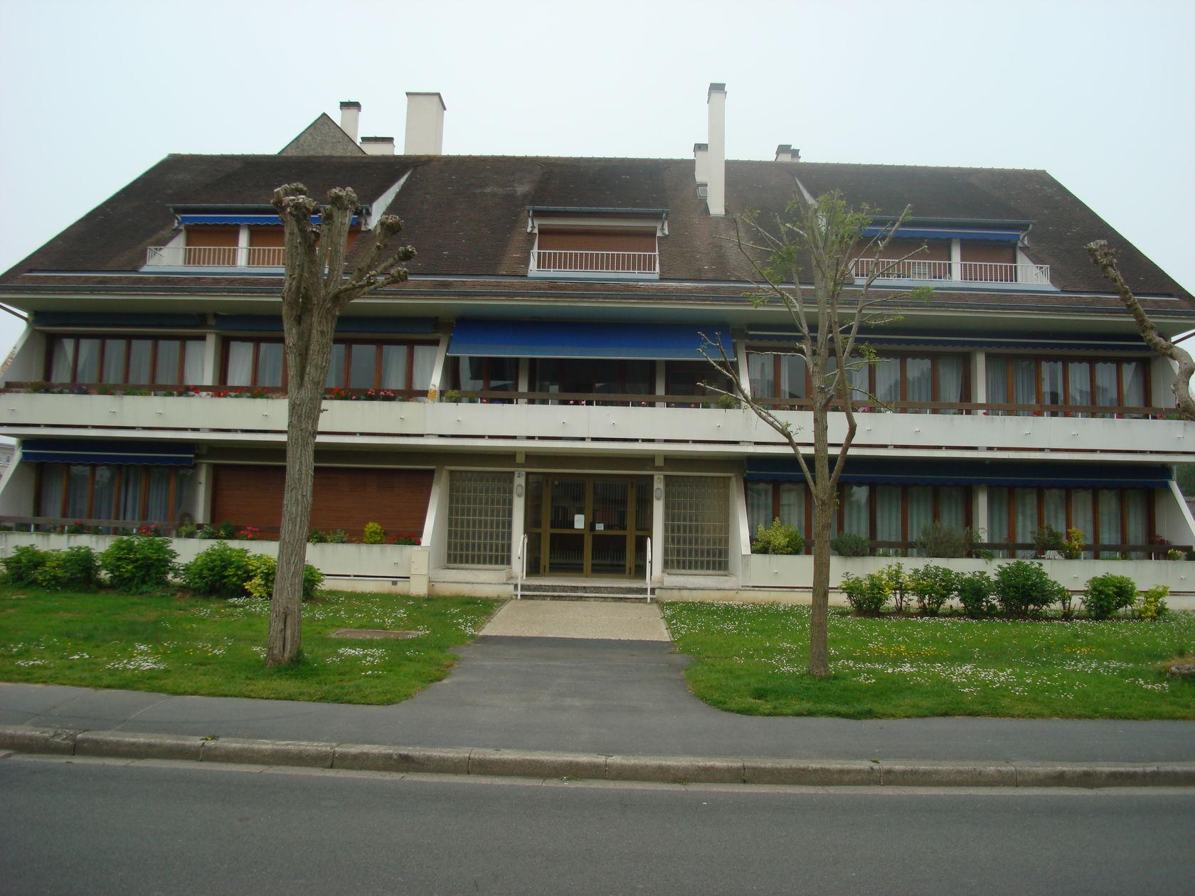 2 Avenue Conseil