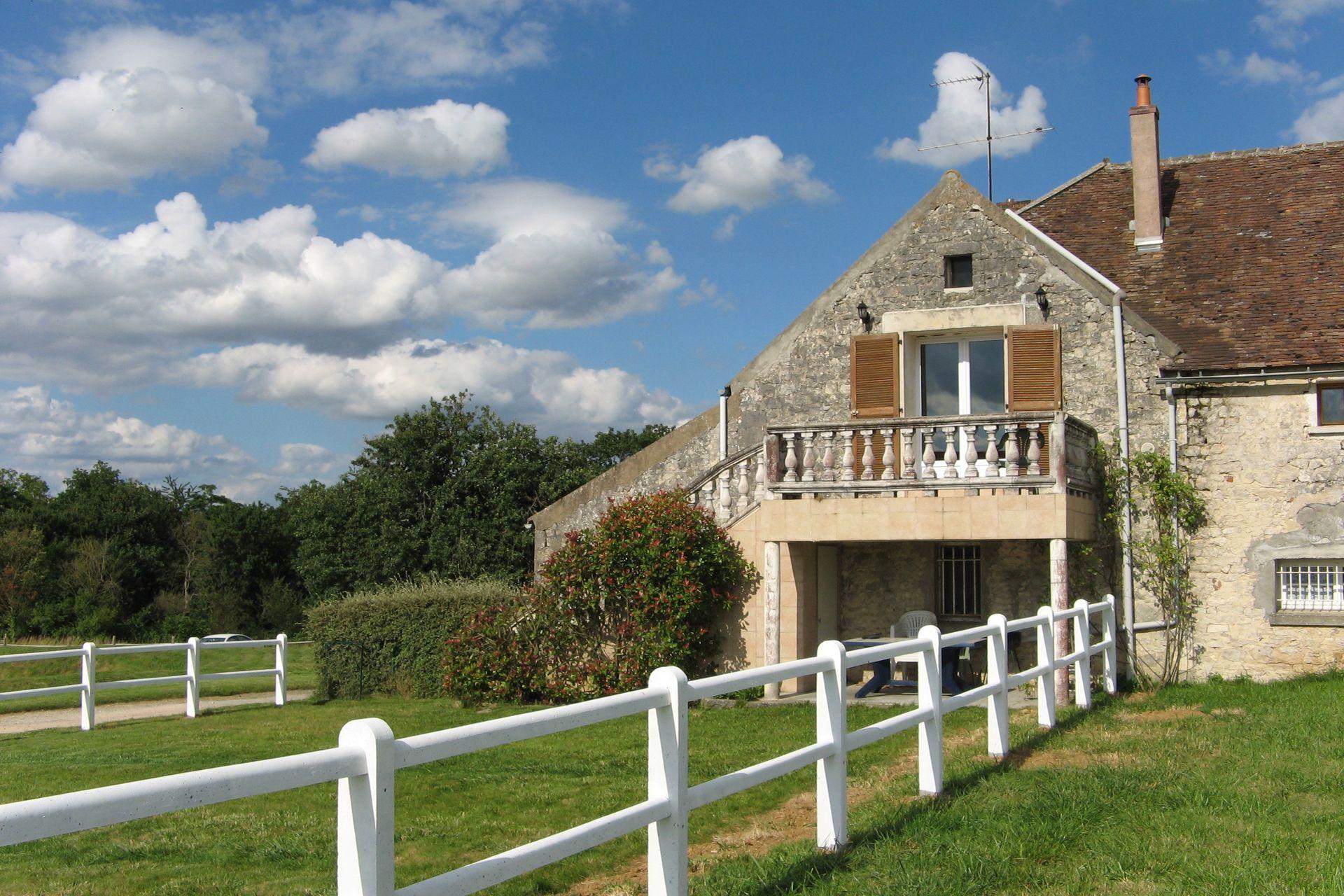 View holiday home Gites du Haras de la Fontaine 7 in Seine et