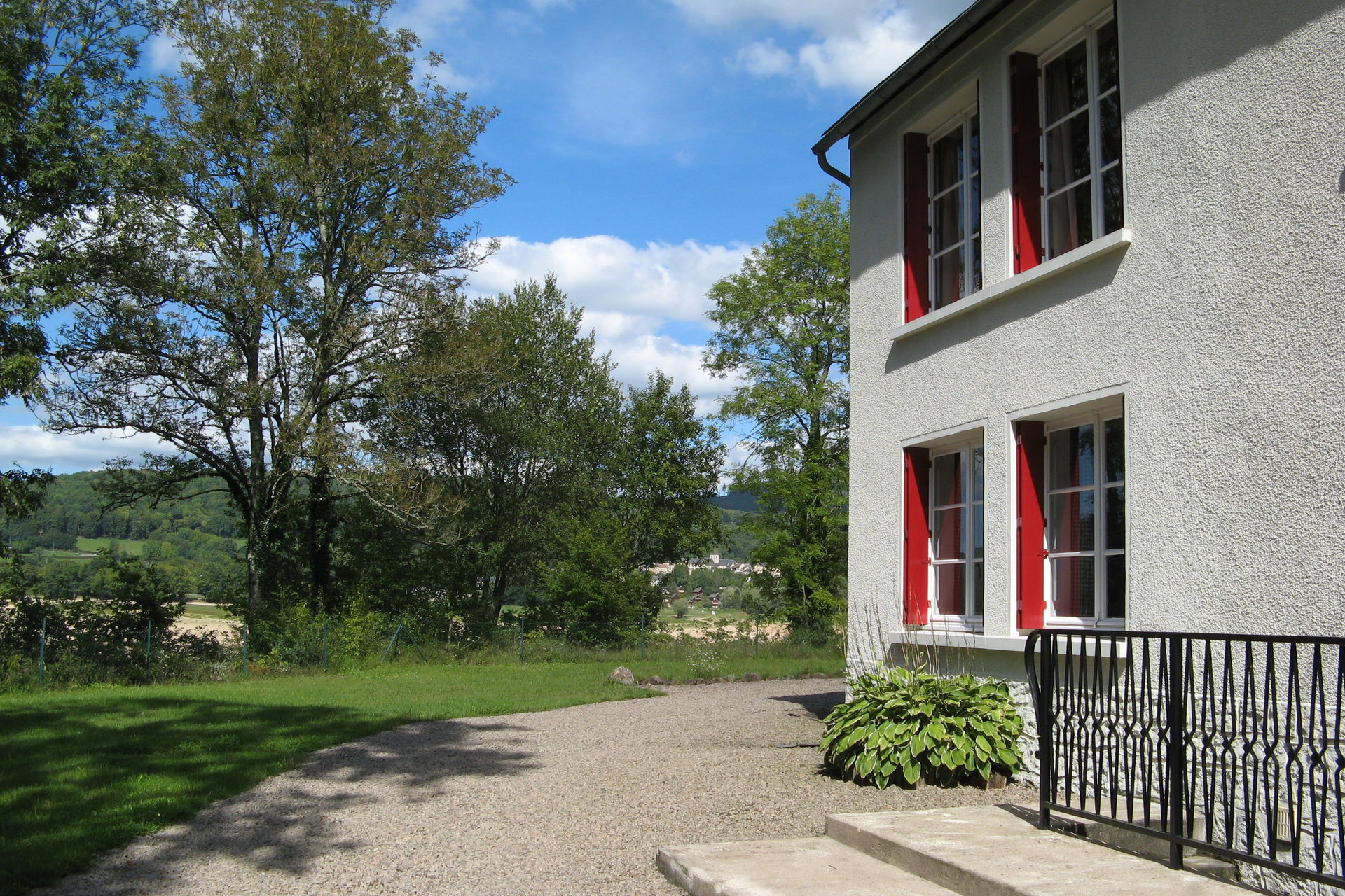 Bekijk vakantiehuis au bord du lac in ni vre bourgogne - Hoe dicht terras ...