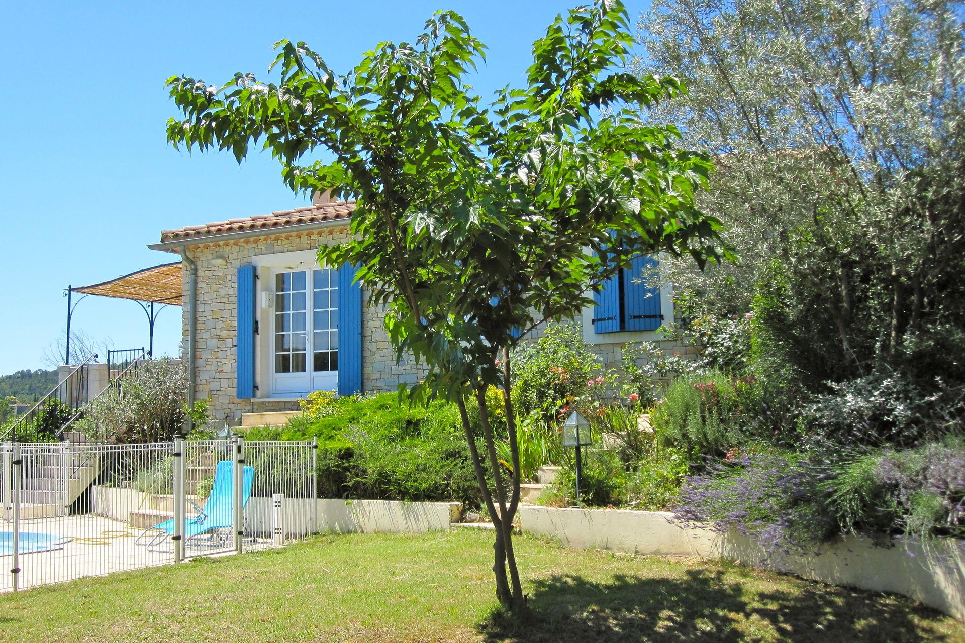 villa provenale avec piscine prive dans le sud de la france - Gites De France Avec Piscine Privee