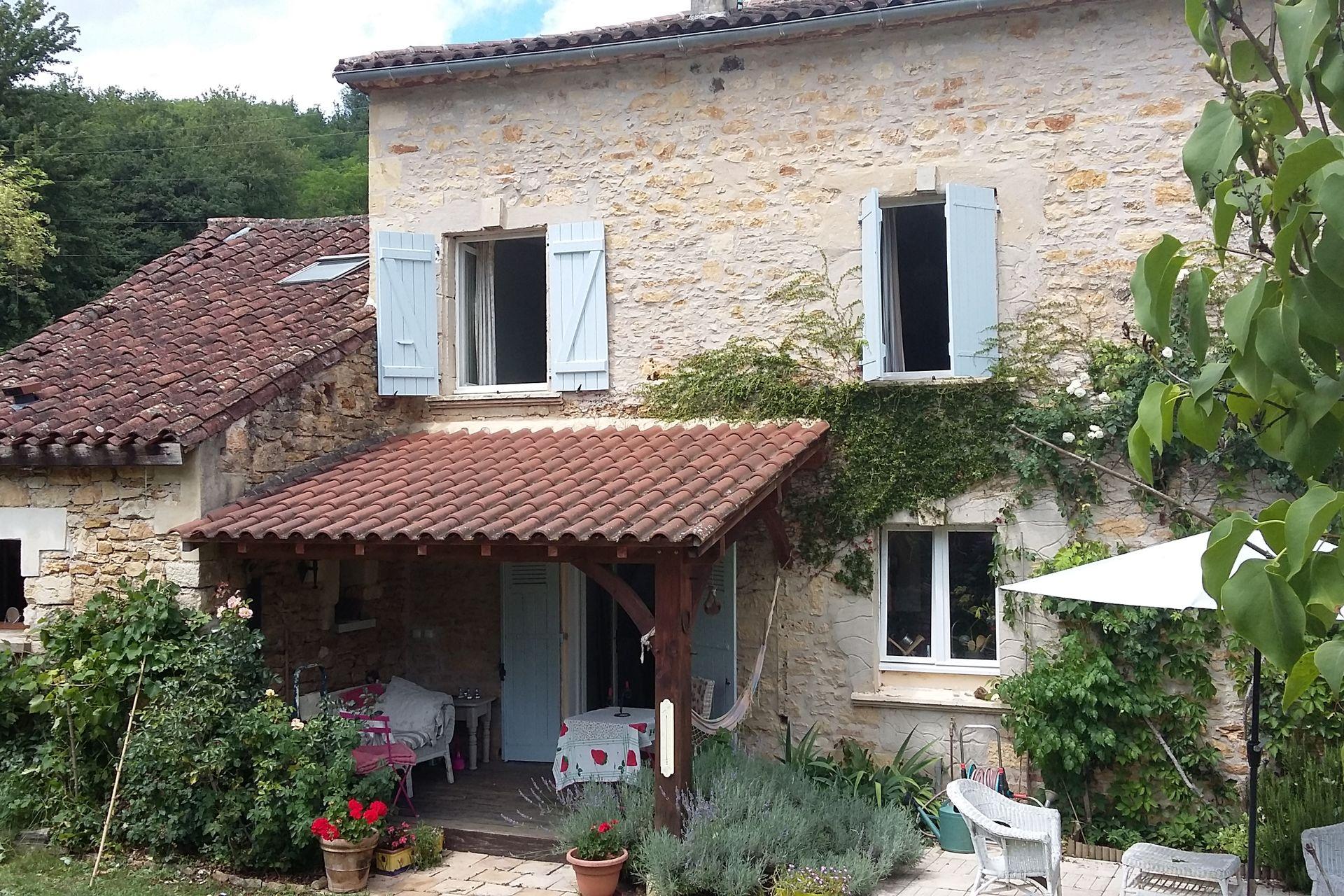 Acheter 39 maison ancienne dans un village pittoresque for Acheter un maison en france