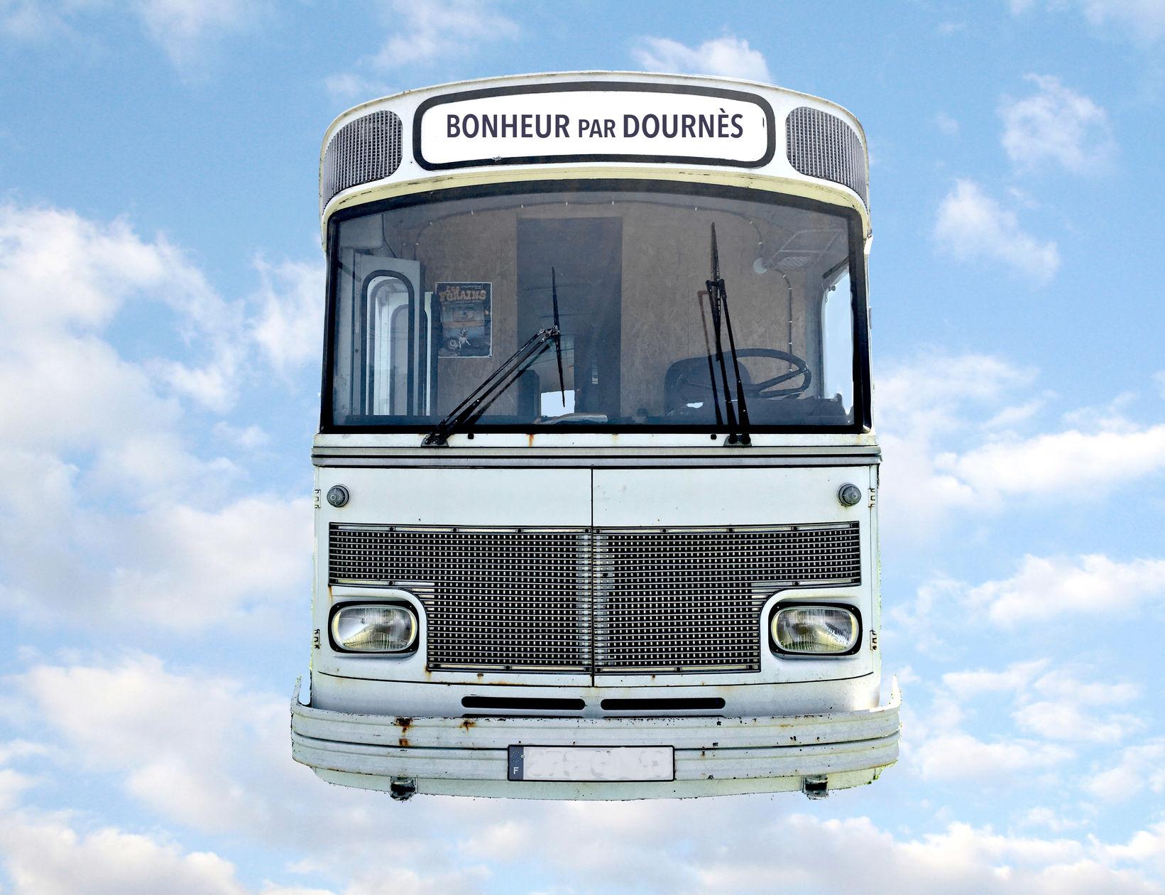 Chéri, le bus arrive !