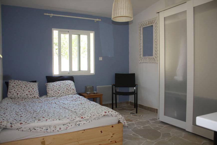 Blauwe Verf Slaapkamer: Turquoise muur woonkamer slaapkamer blauwe ...