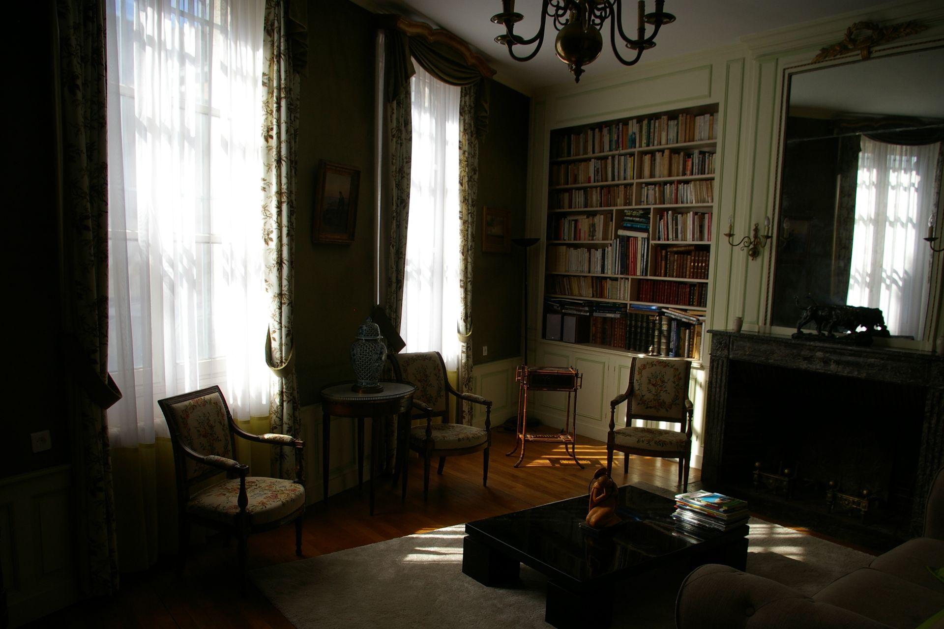Koop 39 chambre d 39 hotes goede verdienste in centrum auxerre for Chambre commerce auxerre