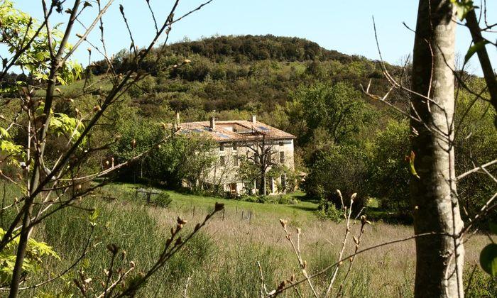 Domaine Barot,  een grote boerderij gelegen tussen de Pyreneeën en de Middellandse zee
